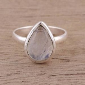SS .925 Teardrop Rainbow Moonstone Ring Size 6